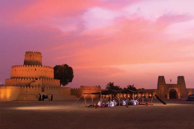 1_al_jahili_fort_at_sunset0
