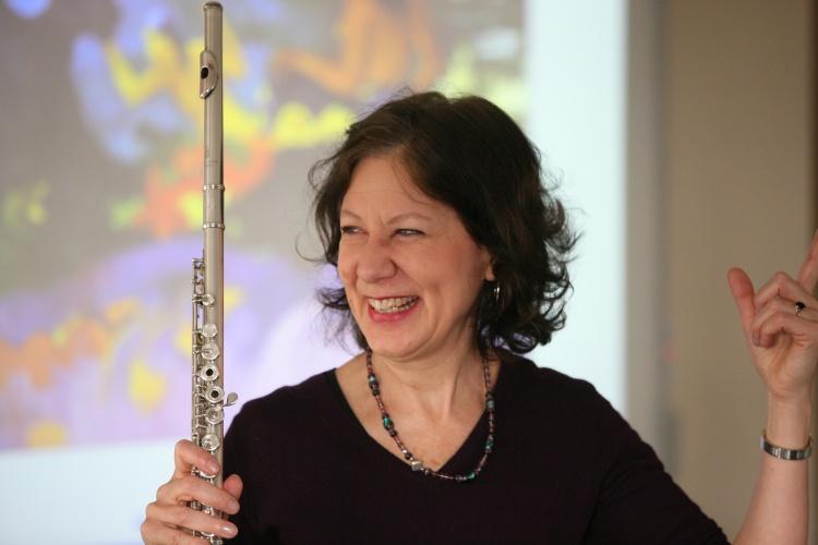 Camilla Hoitenga with flute
